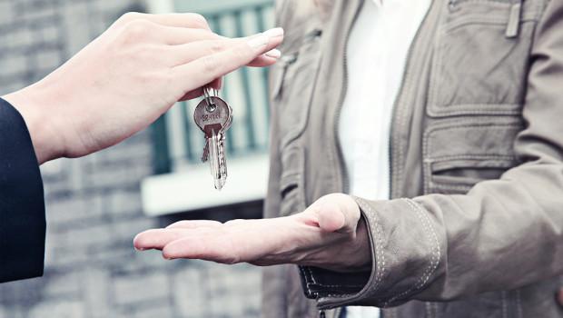 Consegna di chiavi per un immobile in comodato d'uso